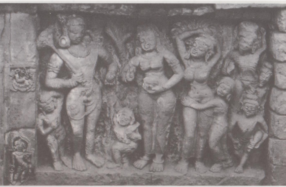 Stone-sculoture-depicting-the-offering-of-poison-to-Siva-Paharpur